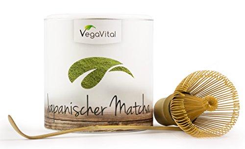 VegaVital Matcha Tee 100 Prozent Bio im Set mit Orginal Matcha Besen und Löffel, 1er Pack (1 x 100 g)