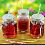 Set aus 4 Mason Trinkglas Gläser Glas mit Schraubverschluss und Griff, Trinkhalme,